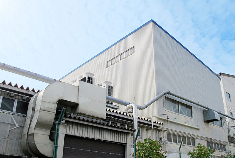 建設会社経営 T社長より売掛金600万円買取り致しました。