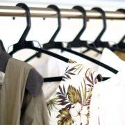婦人服卸 O社長より売掛金1,900万買取り致しました。